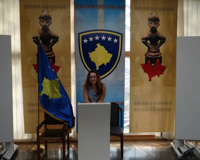 A picture taken before meeting the president of Kosovo, Mrs. Atifete Jahjaga @the Parliament